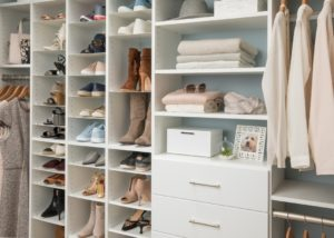 Downsizing: The Art of De-Cluttering, Simplifying and Organizing - Talie Jane Interiors